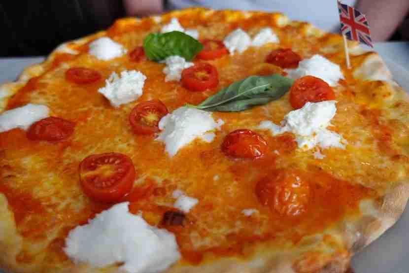 Pizza sans gluten in Rome, Italy! Image of Voglia di Pizza courtesy of TripAdvisor.