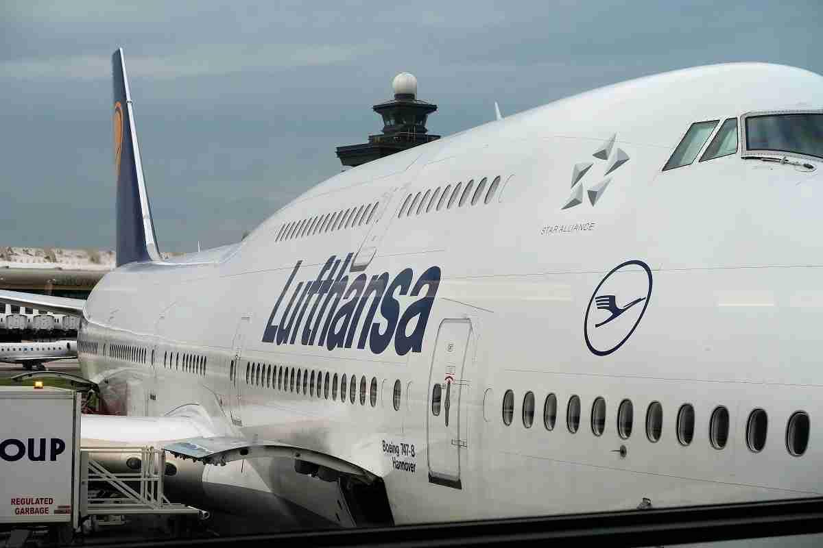Lufthansa D-ABYJ 747-8 in IAD Dulles