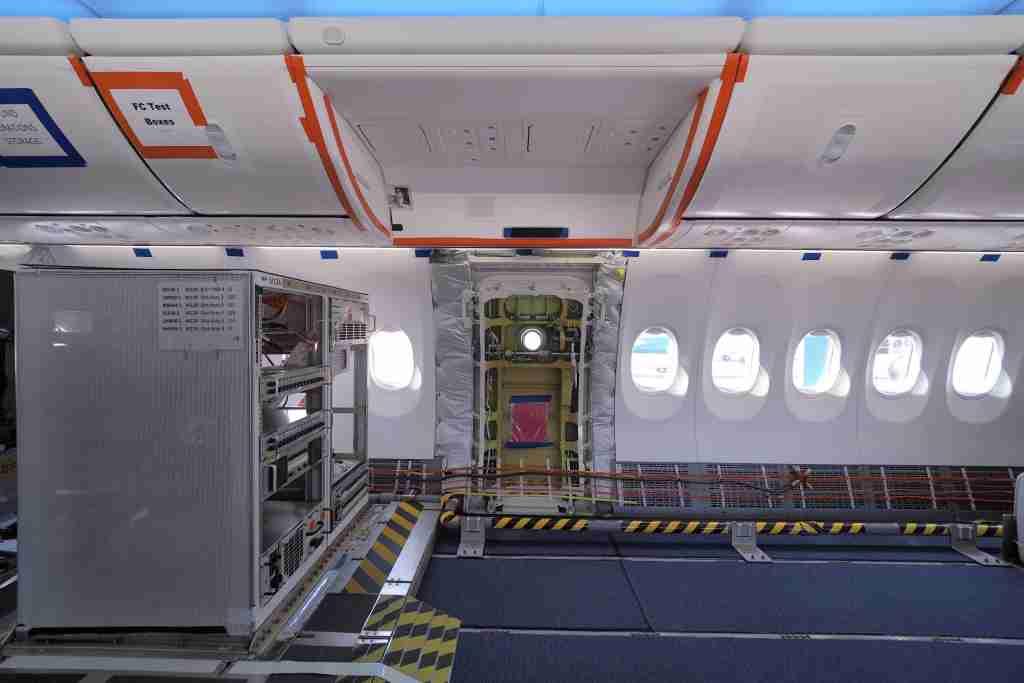 Boeing 737 MAX 9 TOUR