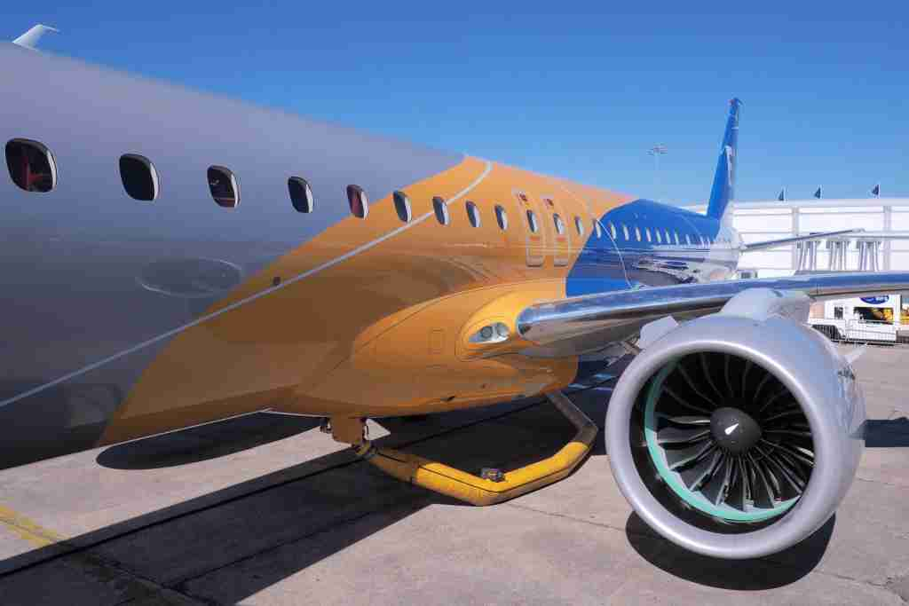 Embraer E195-E2 Paris Air Show