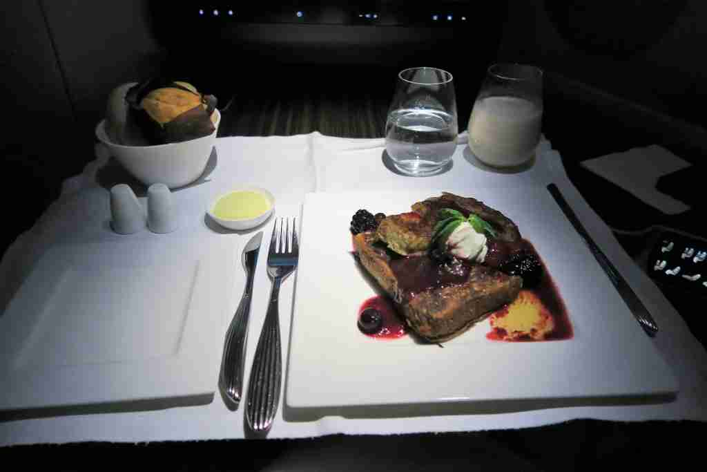 Qatar A350 french toast