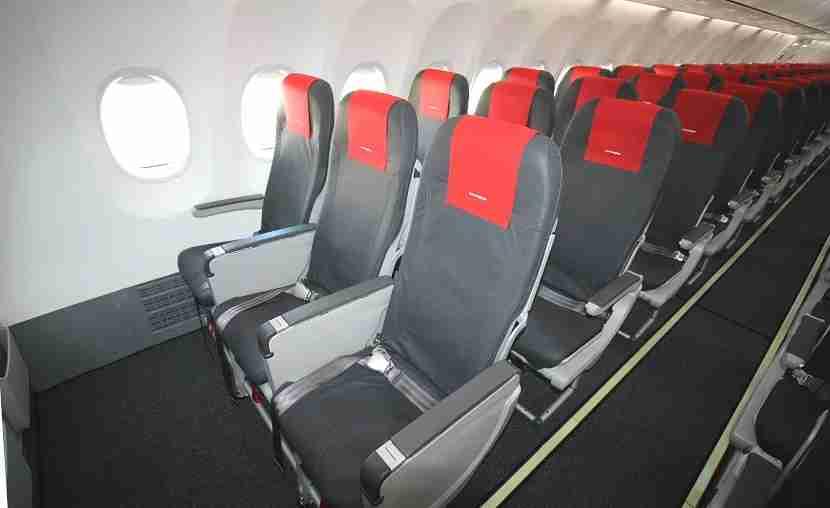 IMG Norwegain Air Boeing 737 MAX 8 bulkhead seats starboard
