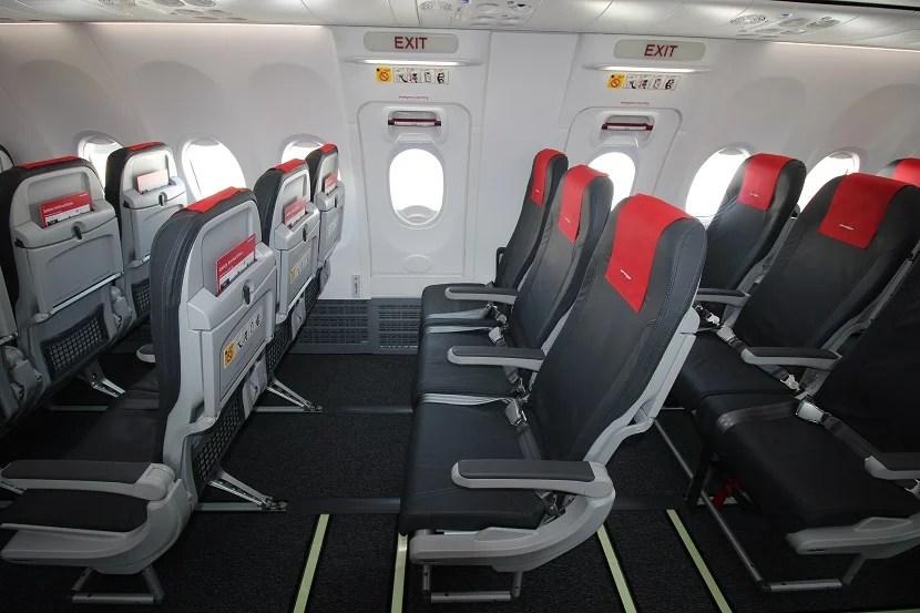 Norwegian Airlines Dreamliner Seat Pitch Brokeasshome Com