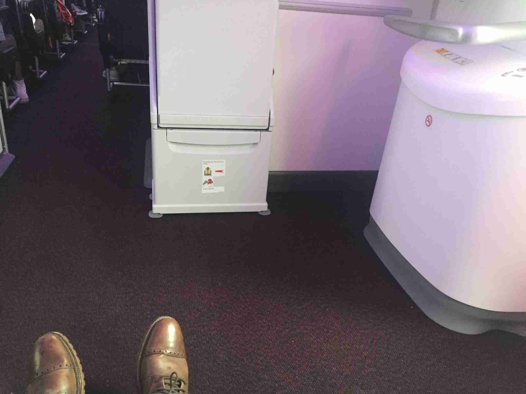 IMG-Virgin-legroom