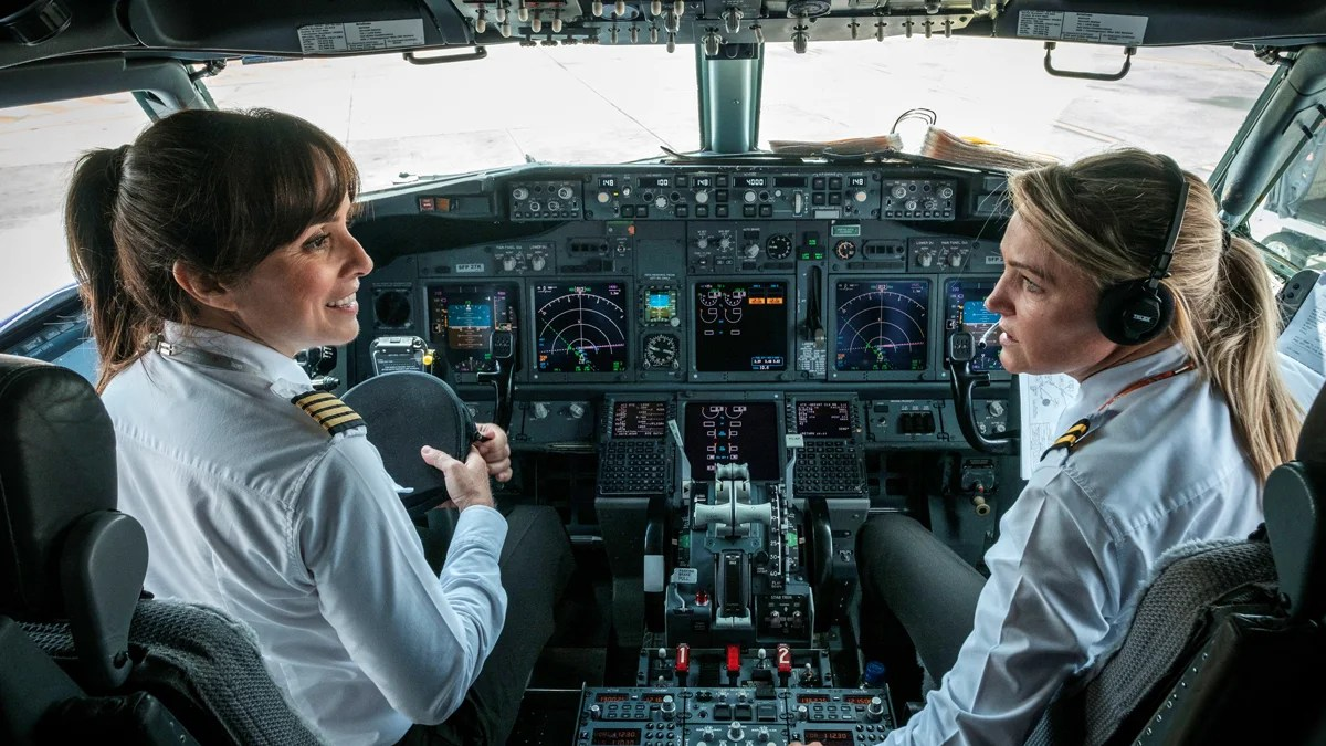 Boeing Says The World Needs 87 New Airline Pilots Every Day