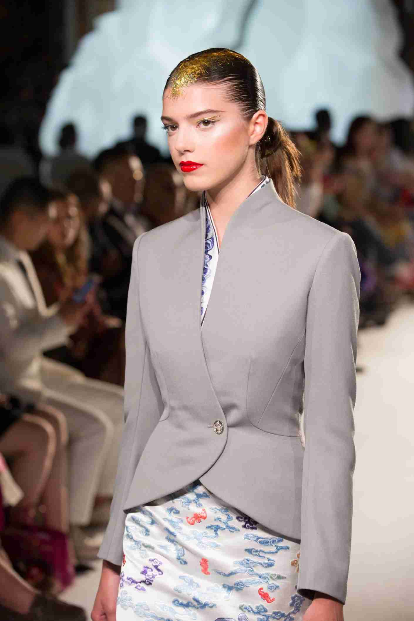 Hainan Airlines New Uniform at Couture Show (PRNewsfoto/Hainan Airlines Holding Co., LT)