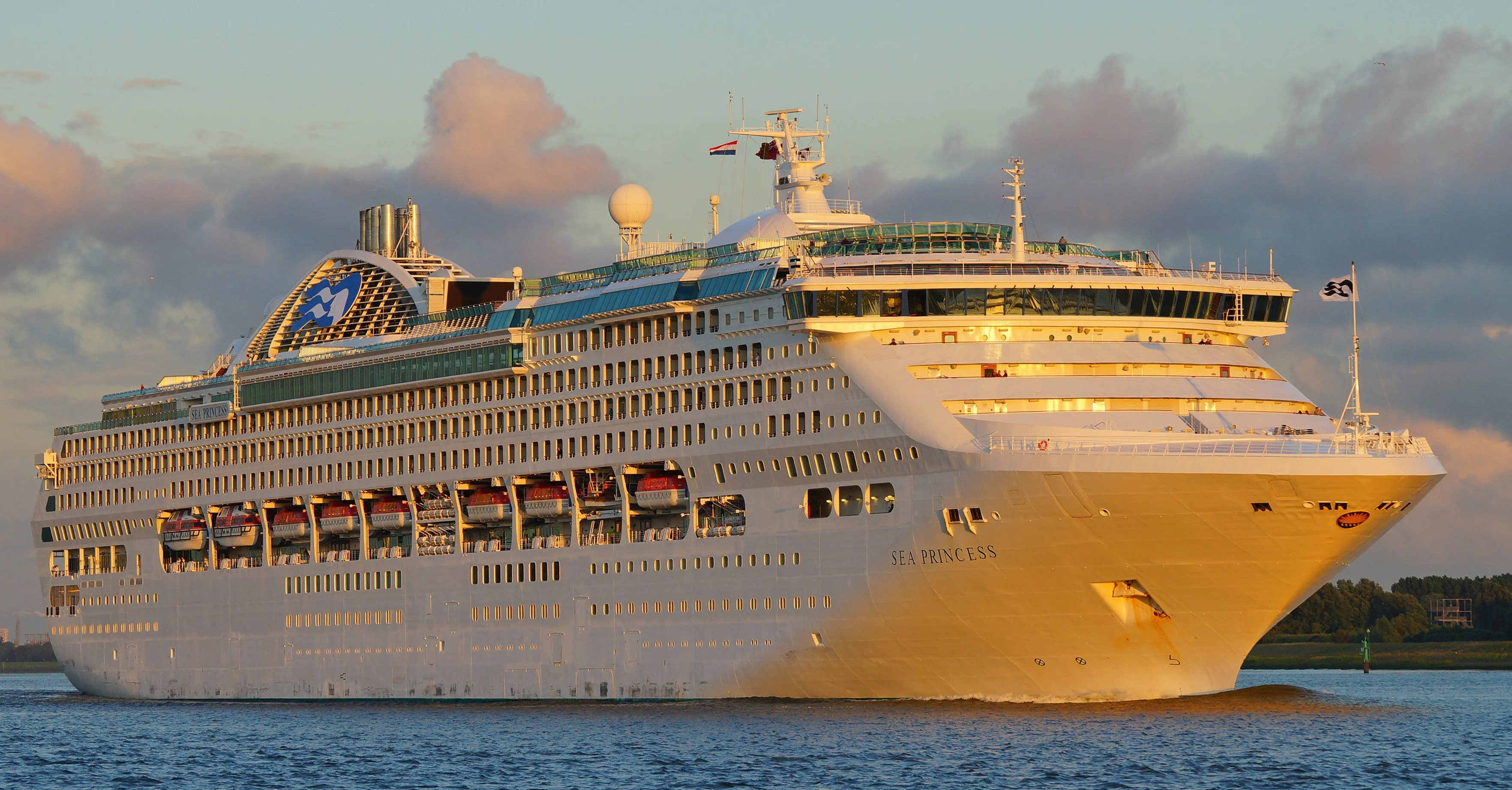 Cruise Ship Goes Dark For 10 Nights To Avoid Pirate Attack