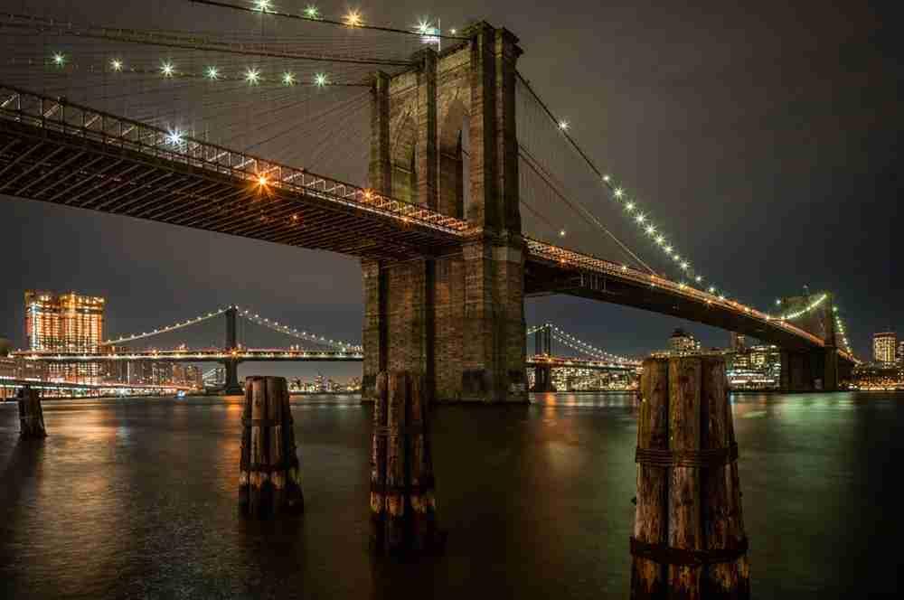 Brooklyn Bridge (2017).