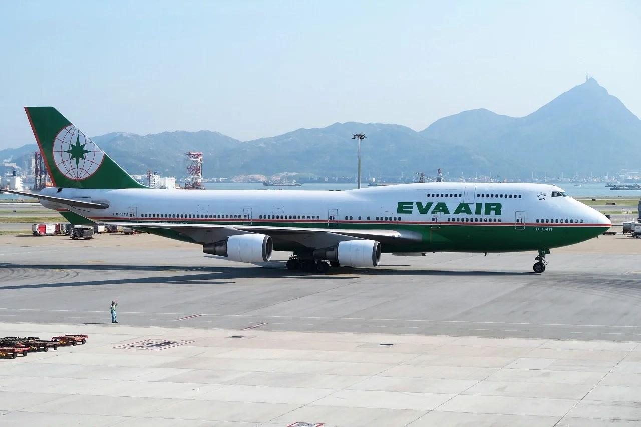 Another Jumbo Jet Is Gone  On EVA Air s Last 747 Passenger Flight 6670888a1c403