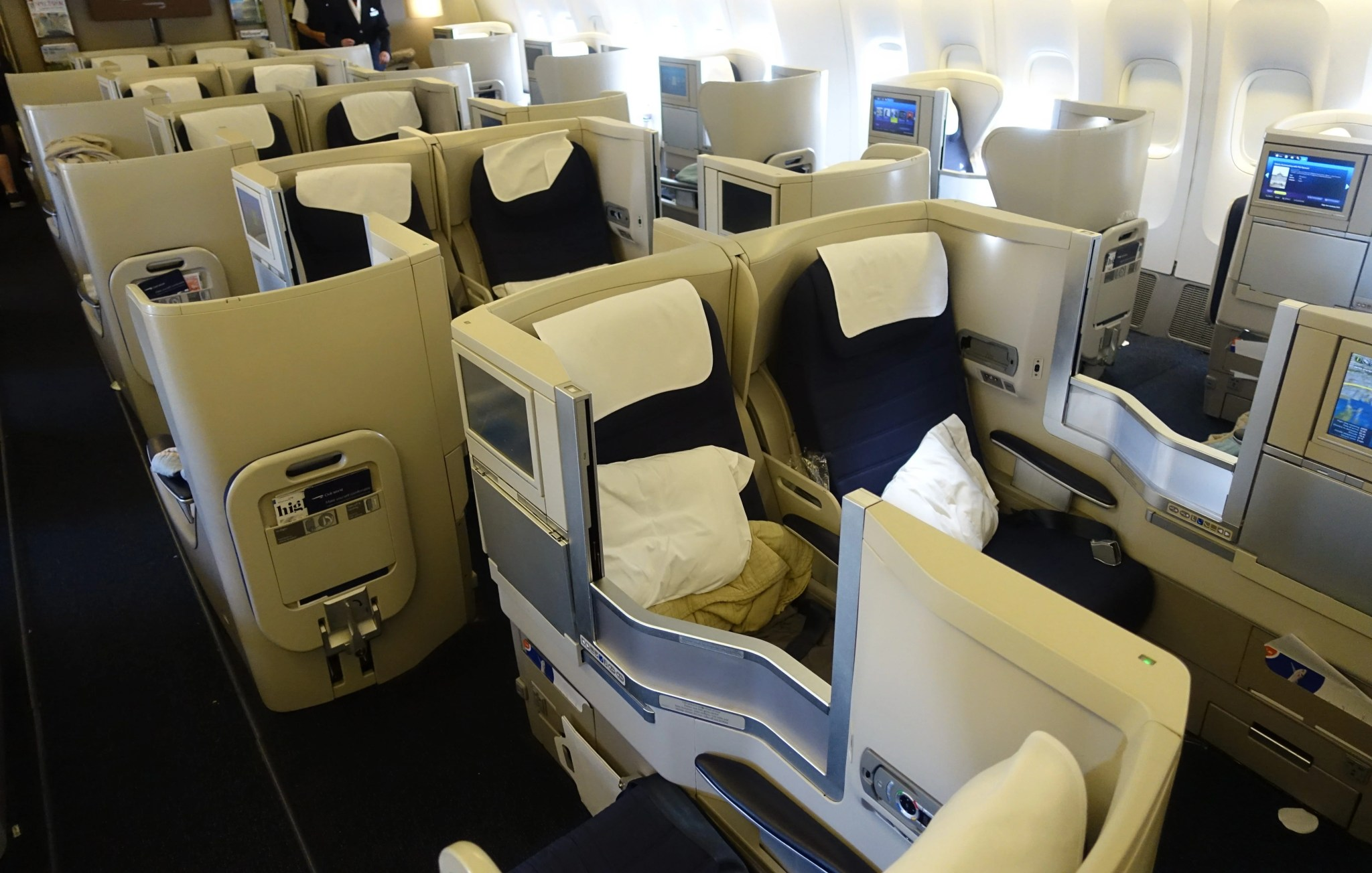 Review British Airways A318 Club World From London To Nyc