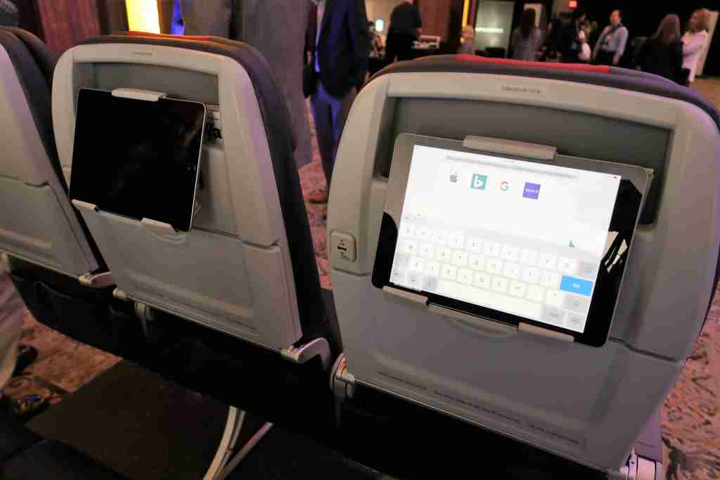 AA 737 MAX seat tablet holder