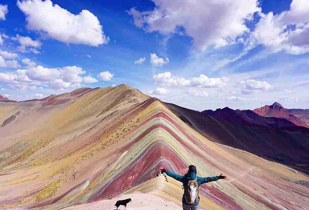Rainbow Mountain in Peru. Image by Barcroft Media / Colaborador / Getty.