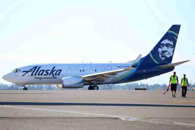 Alaska 737-700 freighter