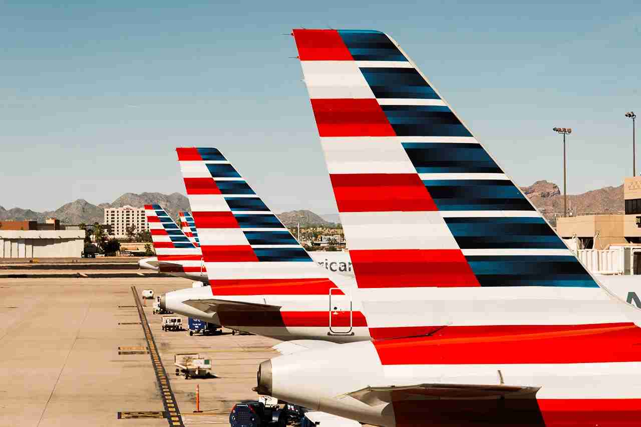 Many of the Citi AAdvantage cards offer perks free checked bags, priority boarding and a discount for in-flight purchases. (Photo by Shutterstock.com)