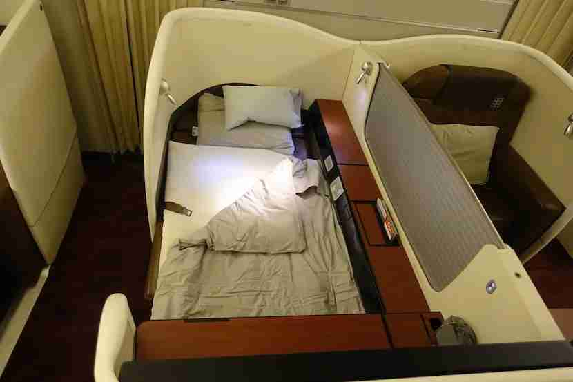 JAL bed angle