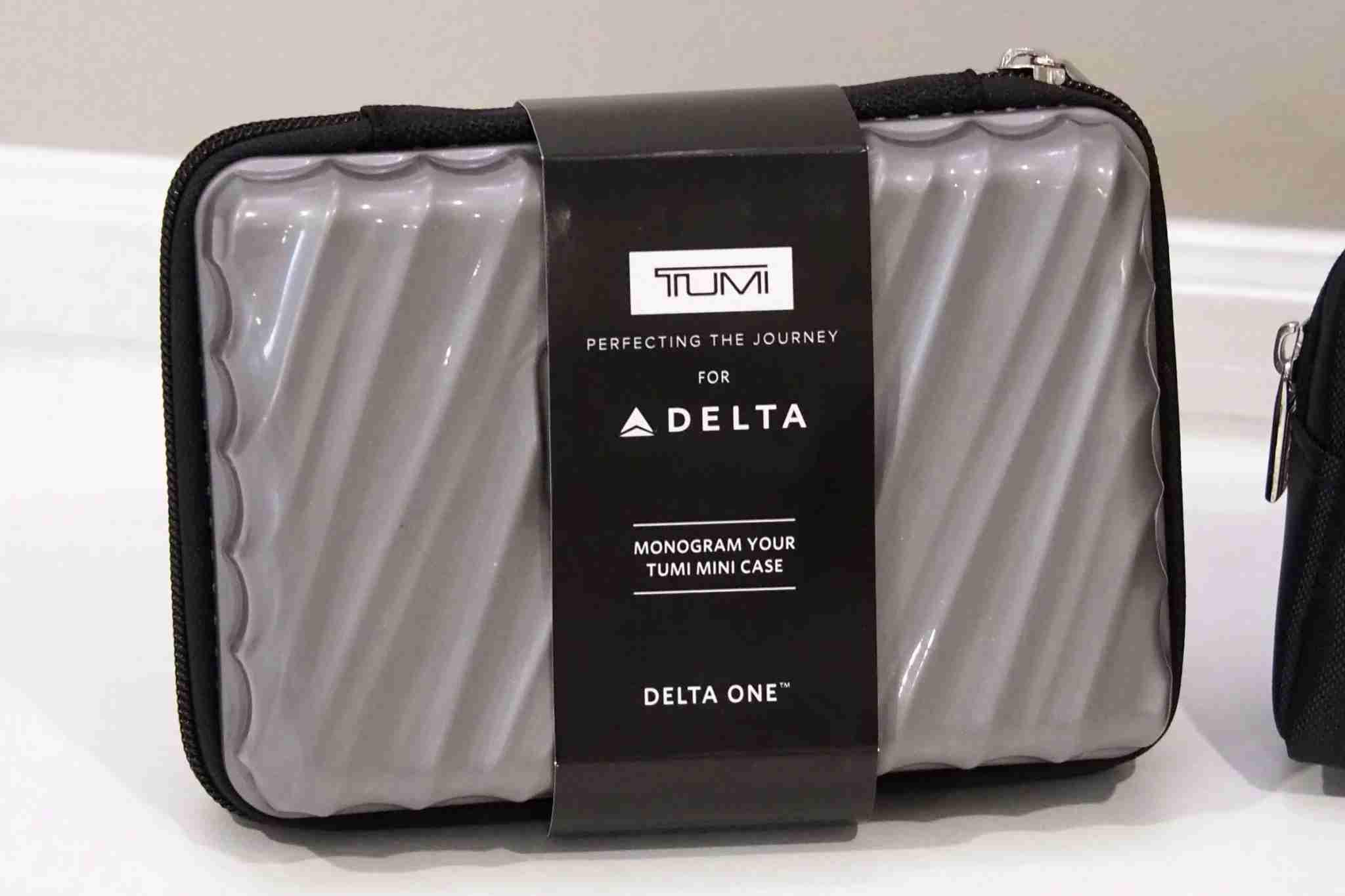 Delta One Premium Select Amenity Kits