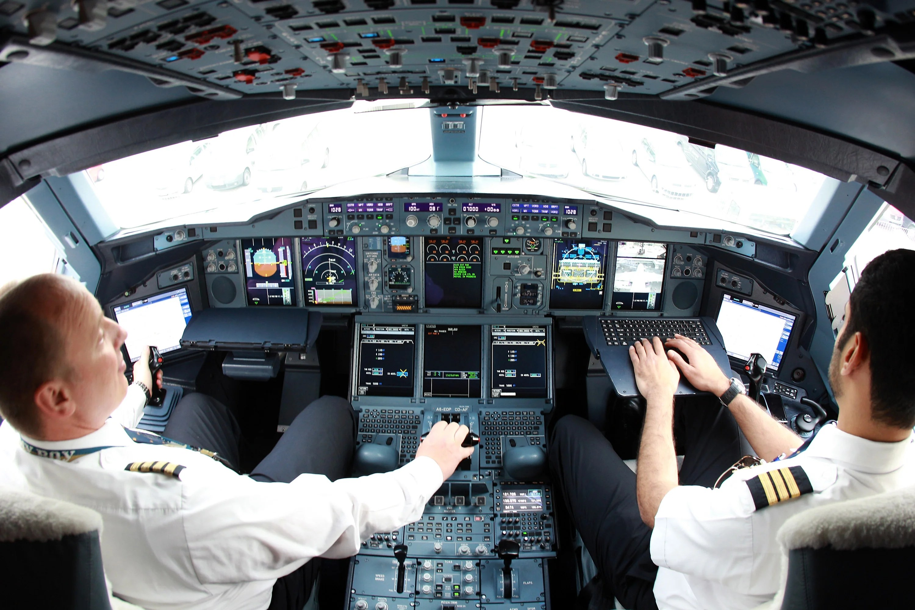 How Much Do Pilots Make? Regional and International ...