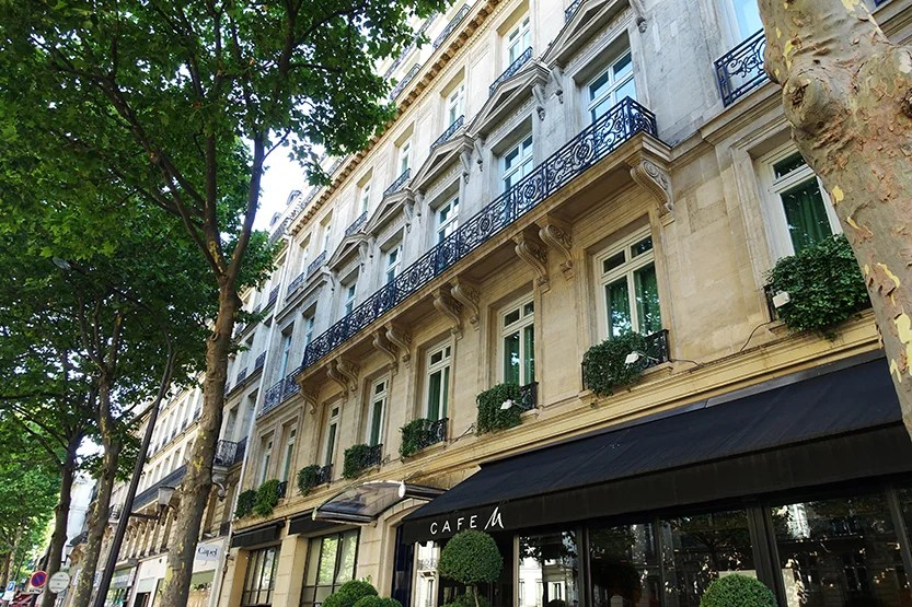 hotel review king deluxe room at the hyatt paris madeleine. Black Bedroom Furniture Sets. Home Design Ideas