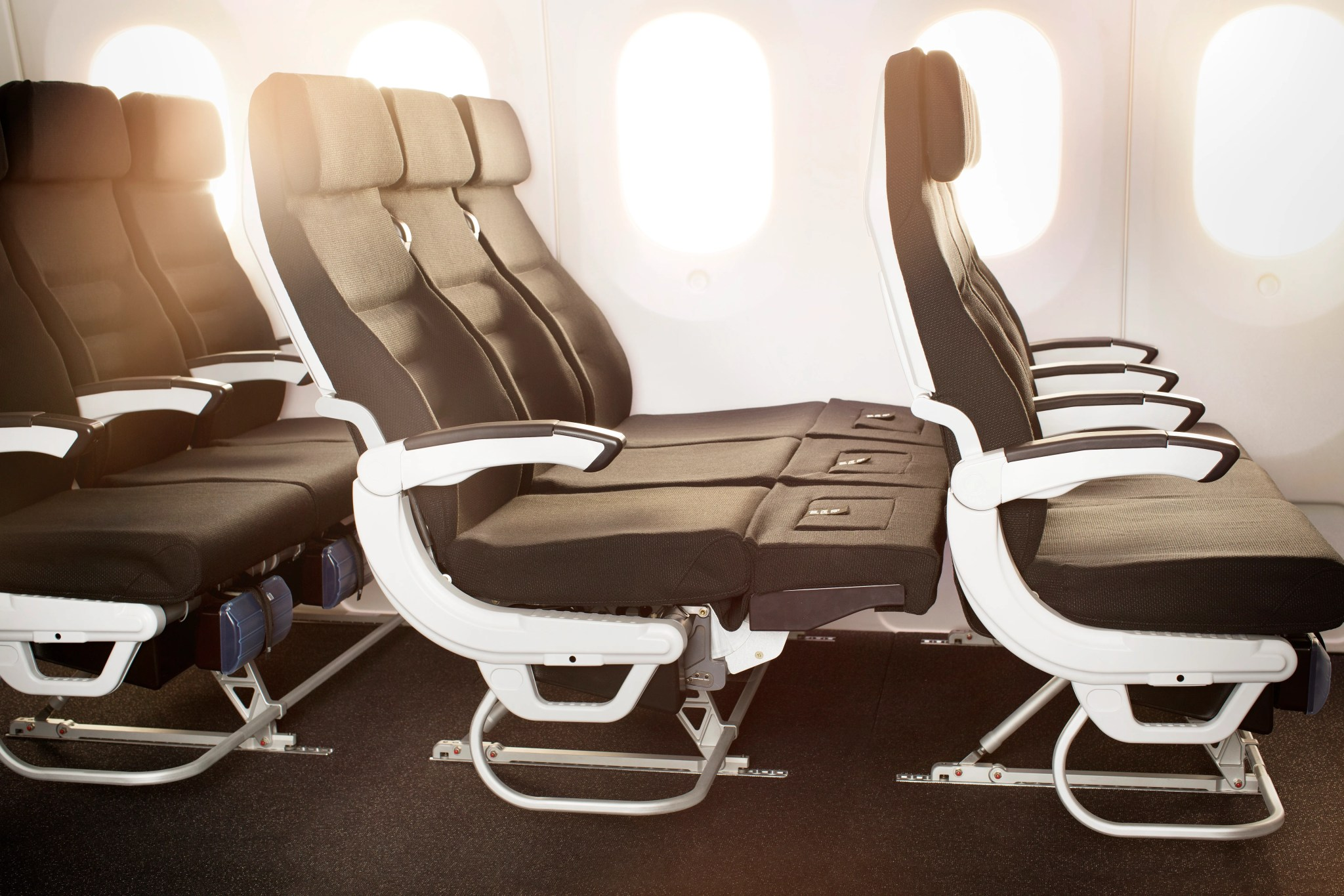Tremendous Which Airlines Offer Sleeper Seats Ocoug Best Dining Table And Chair Ideas Images Ocougorg
