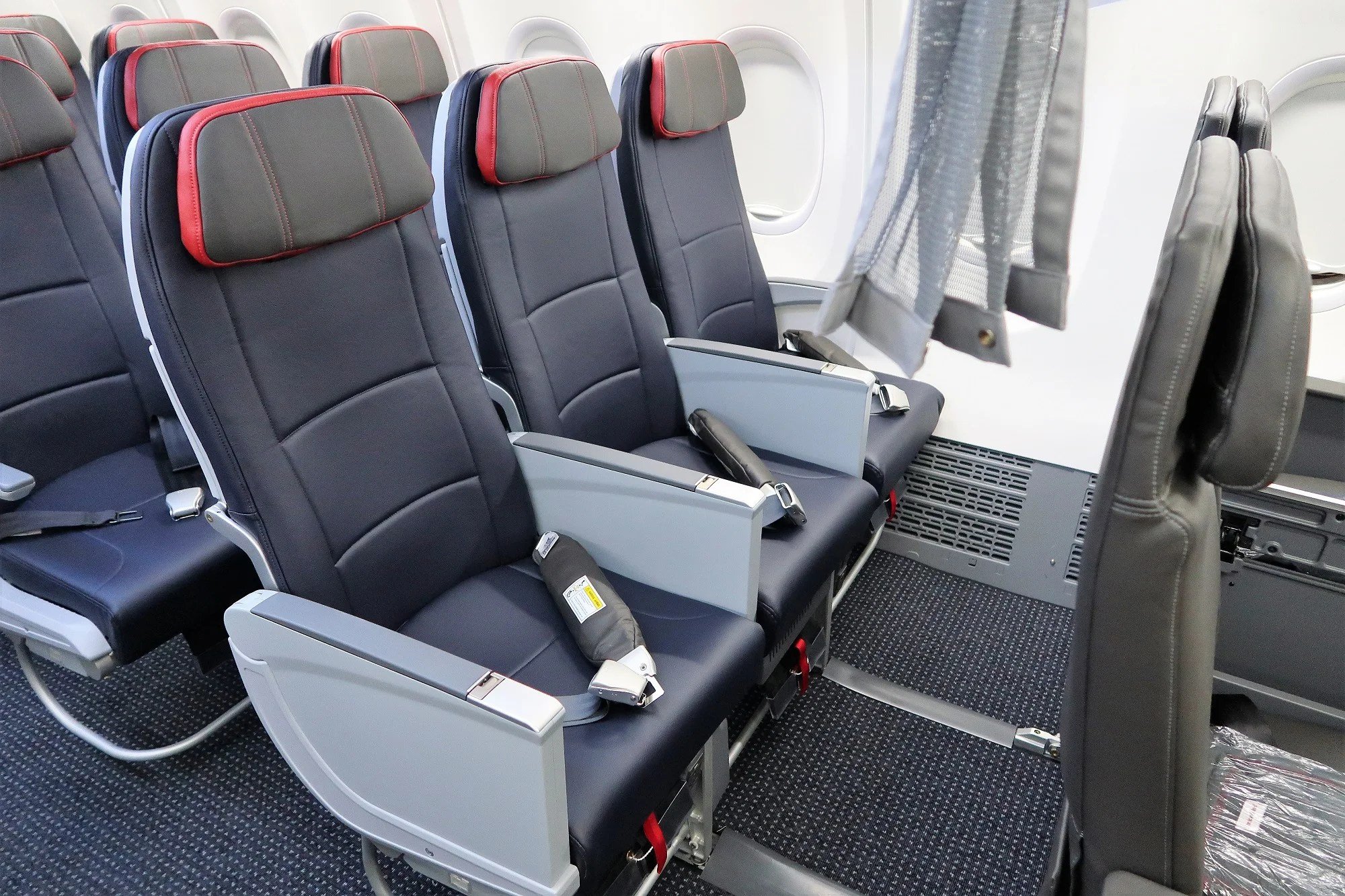 Aa Lets Passengers Self Upgrade To Main Cabin Extra For Free