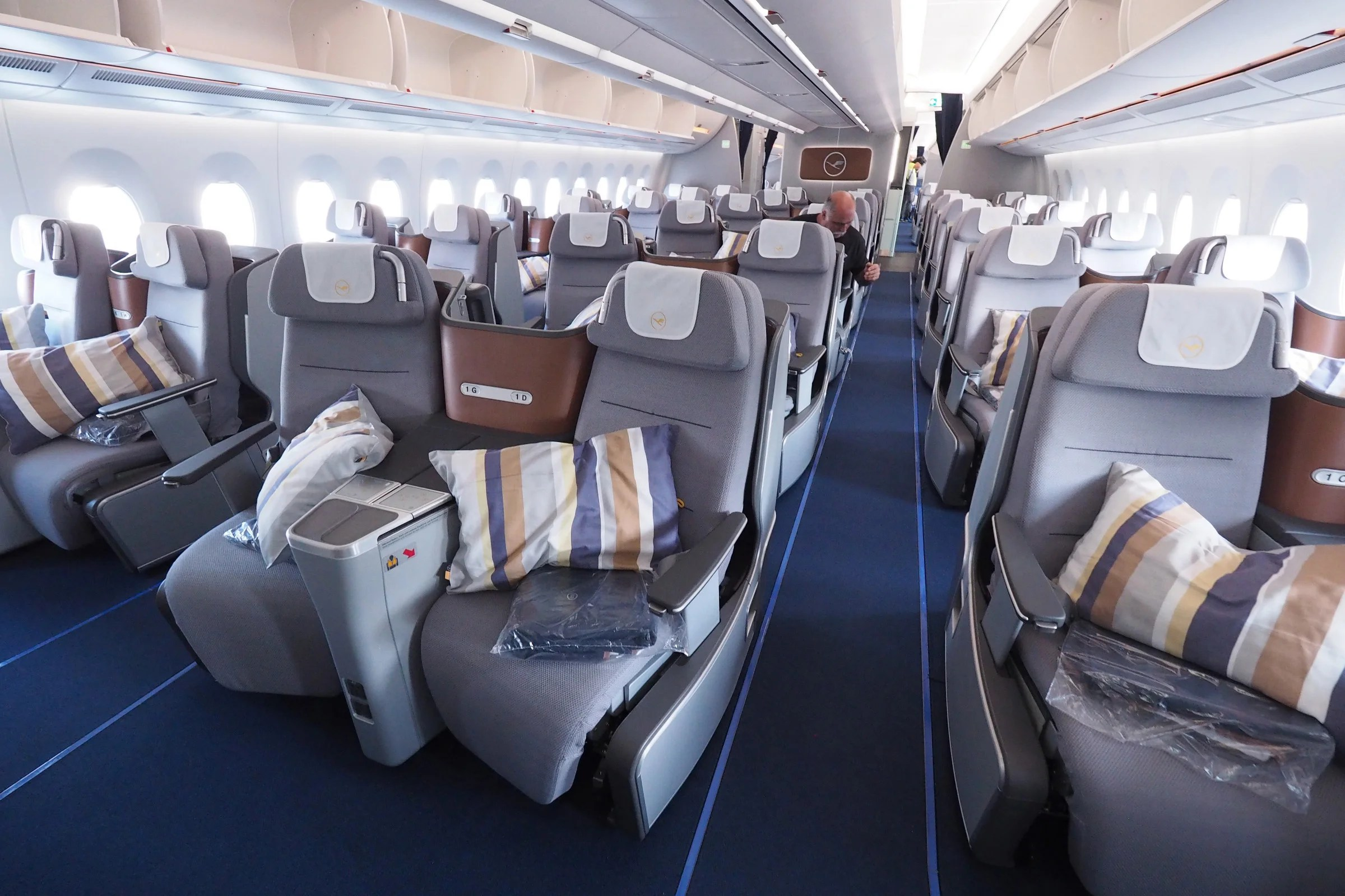 Review: Lufthansa (Airbus A350) Business Class