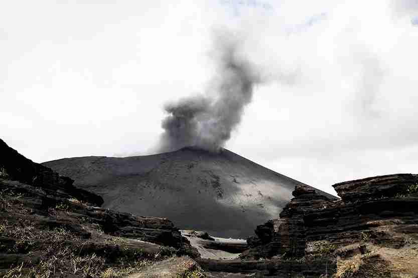 yasur, vanuatu, volcano