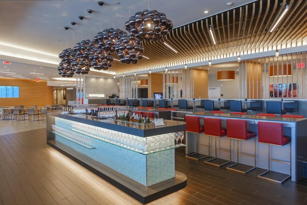 Aa Closing Jfk Admirals Club Expanding Flagship Lounge