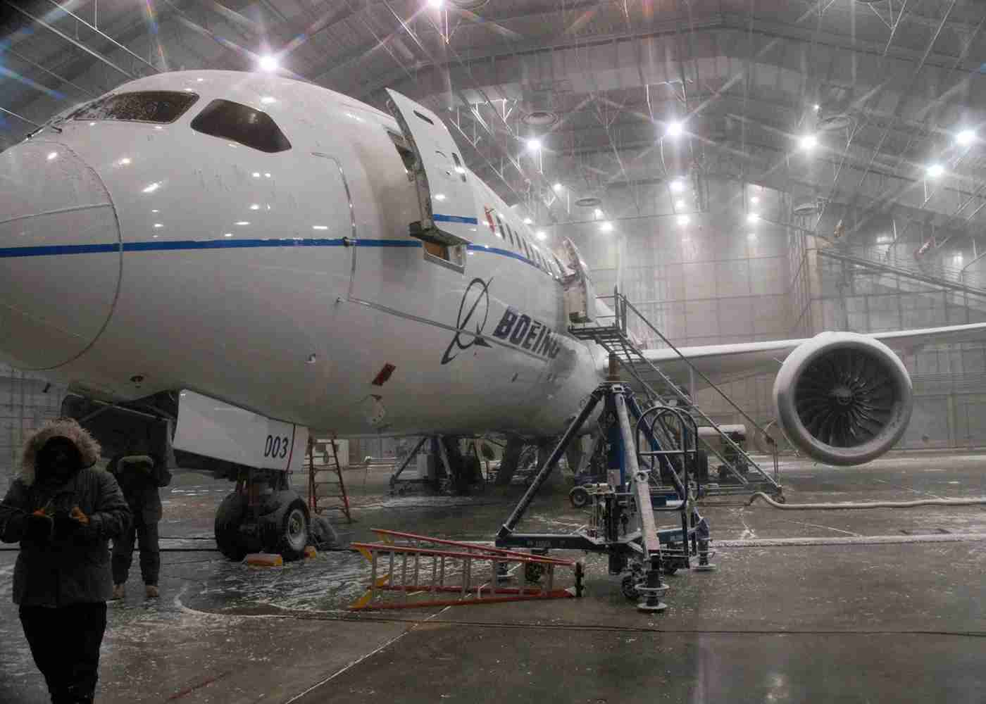 A Boeing 787 during extreme cold weathher testing in -45 Faherenheit temperatures inside a special hangar at Eglin Air Force Base, Florida, in 2010 (U.S. Air Force photo/Samuel King Jr.)