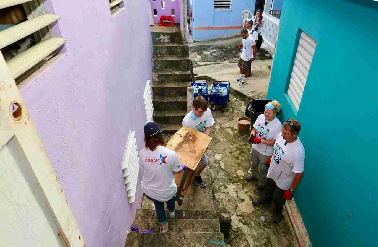 Helping to rebuild the La Perla neighborhood.