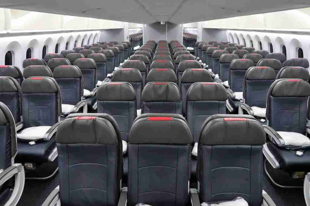 Economy on American Airlines 787-9. Photo by JT Genter / TPG.