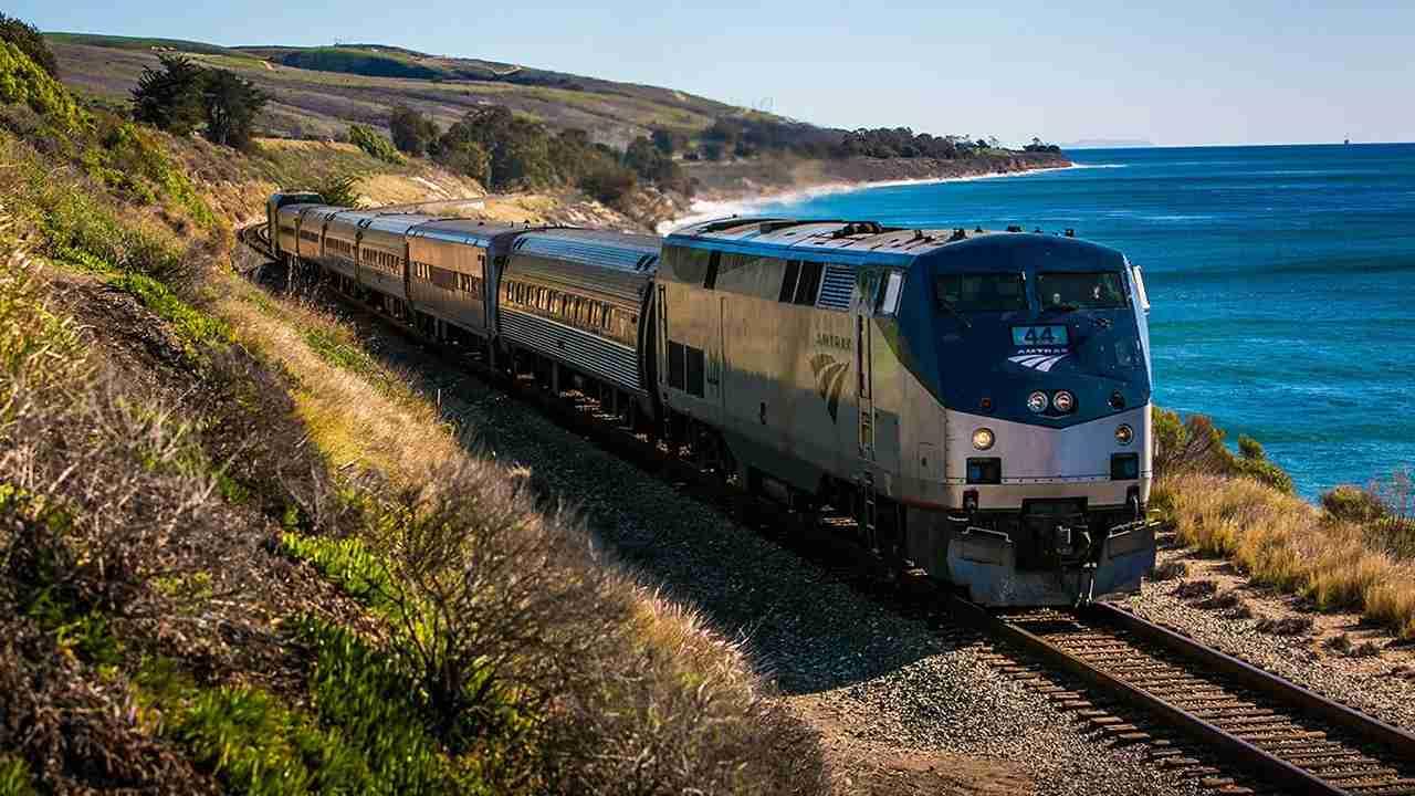 Amtrak Coast Starlight train