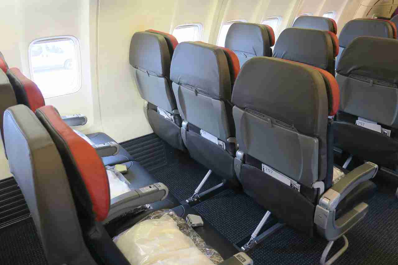 No seat back IFE for passengers on American