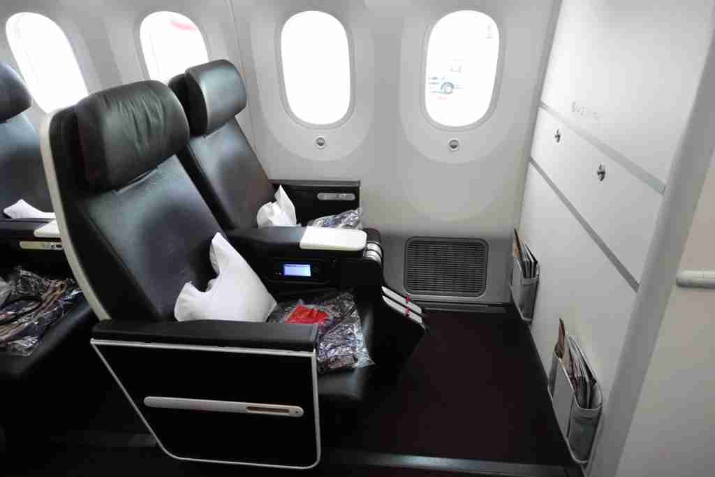 Virgin Atlantic 787-9 Premium Economy. Courtesy Nick Ellis.
