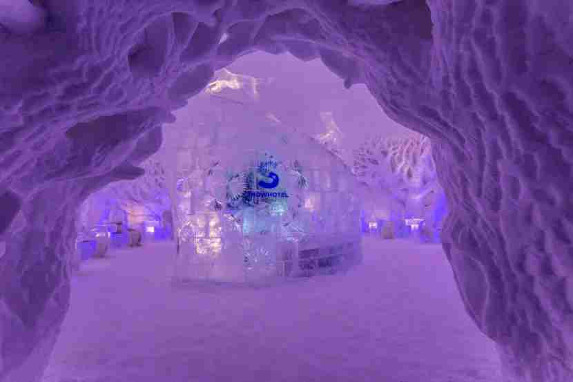 Snow hotel photo by Chris Mitte
