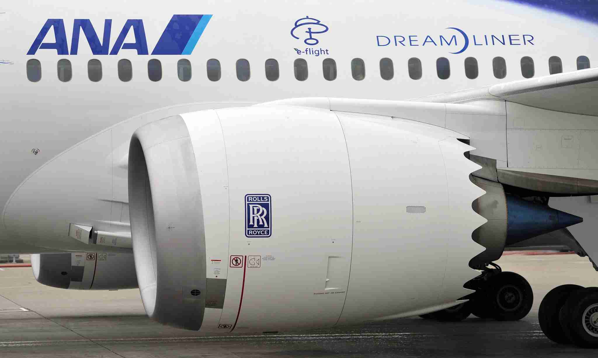 The Rolls Royce engine on the first Boeing 787 with All Nippon Airways (Photo by Laurent Fievet / AFP / Getty Images)