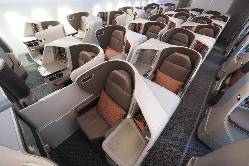 First Look: Singapore\'s Great New Regional Business Class