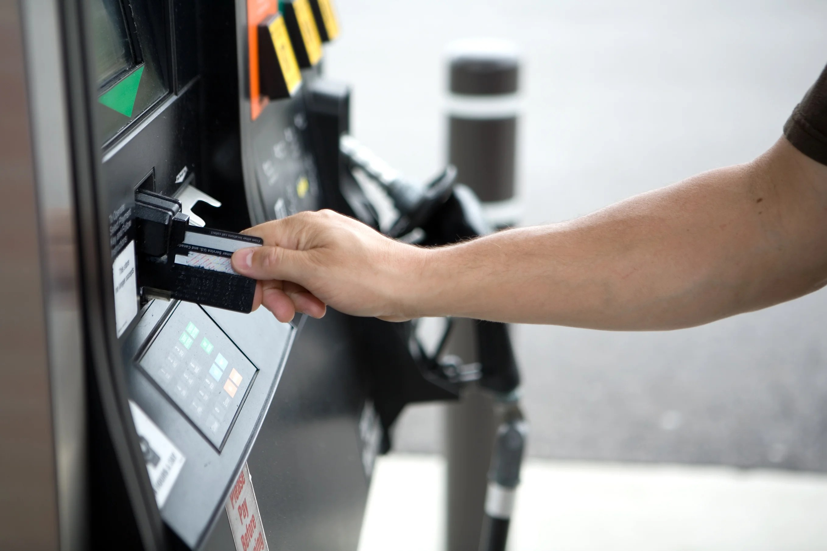 5 Ways to Protect Yourself from Credit Card Skimmers