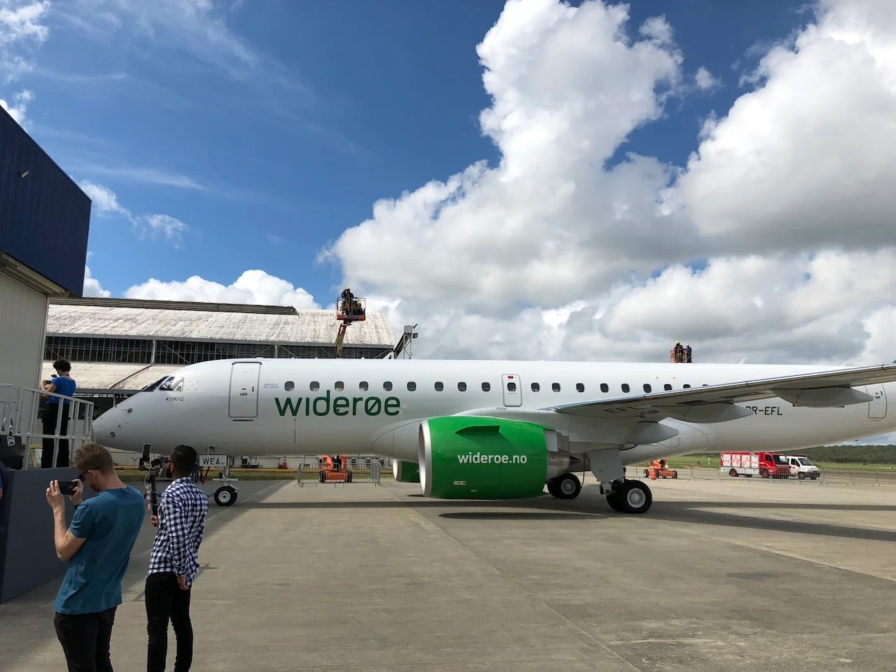 Widerøe Gets the World's First Embraer E190-E2 - BestTours ...