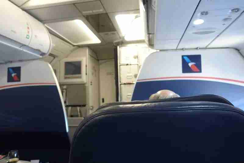 I get unbelievably irritated looking at these bulkheads still flying in 2018, with the AA logo of course.