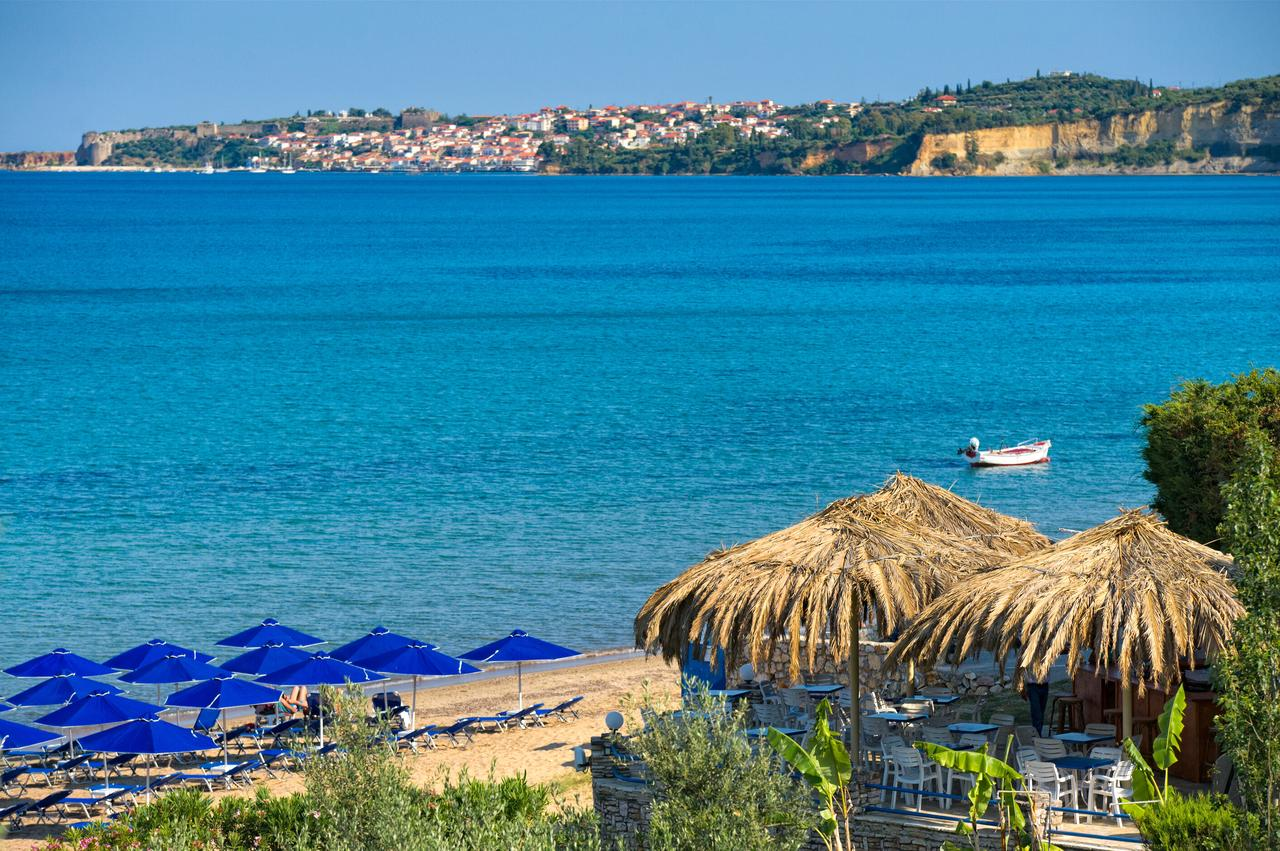 The view from the Peroulia Restaurant, Kómpoi, Greece. (Photo courtesy of Peroulia Beach Houses)
