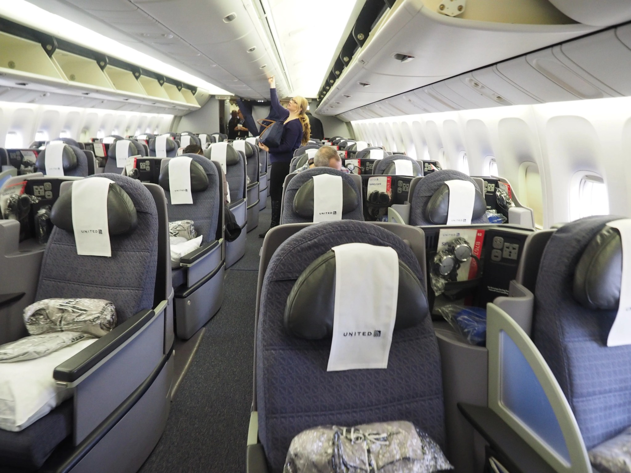 Stupendous Review United 767 400Er Polaris Business From London To Nyc Alphanode Cool Chair Designs And Ideas Alphanodeonline