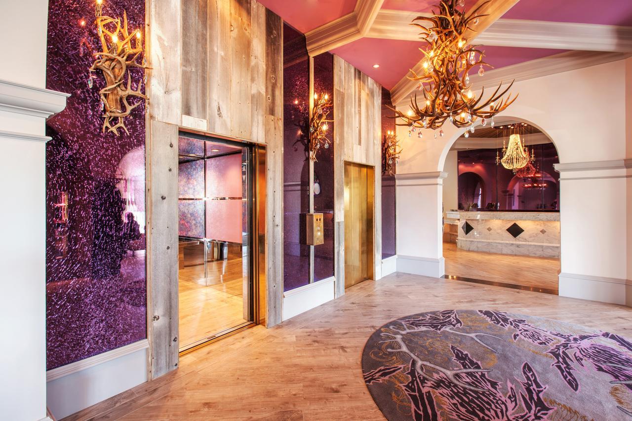 Photo courtesy of Castle Hotel