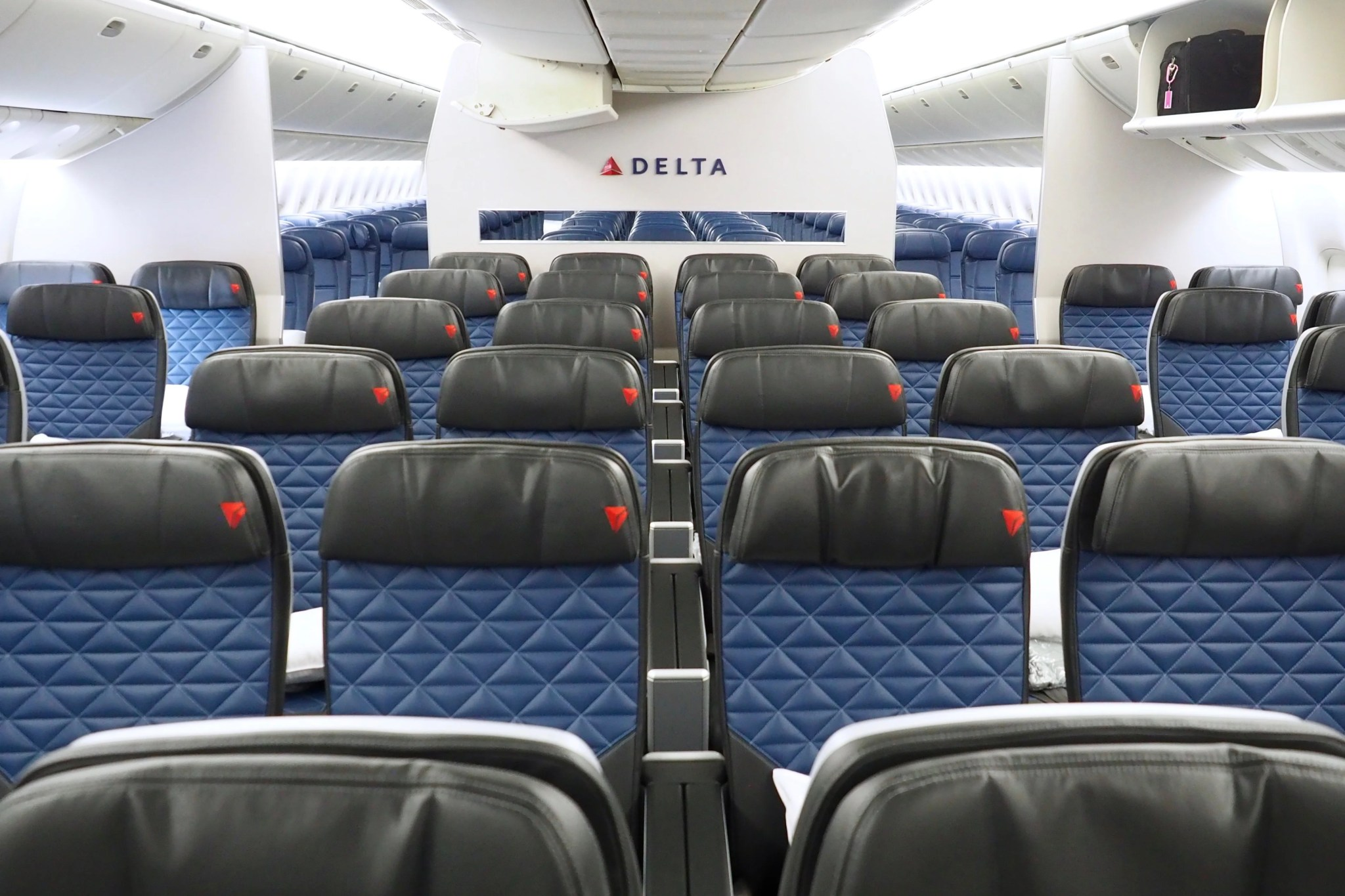 Review: Delta Premium Select on the First Retrofitted 777
