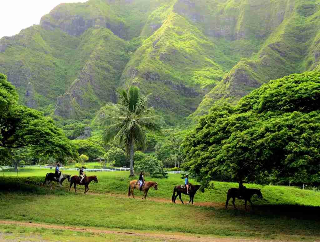 Say yes to Hawaii from 9,000 Membership Rewards points. (Photo by @mreyz/Twenty20)