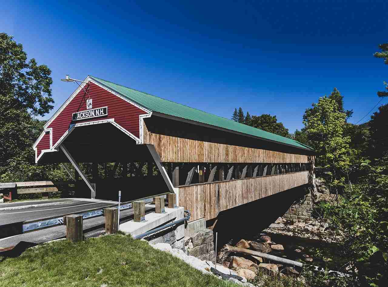 Covered Bridge in Jackson, New Hampshire. (Photo by Shutterstock.com)