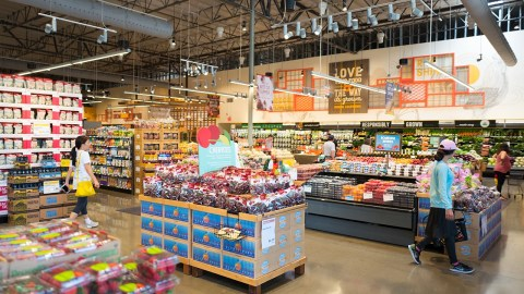 Amazon Prime Members Now Get Whole Foods Discount Nationwide