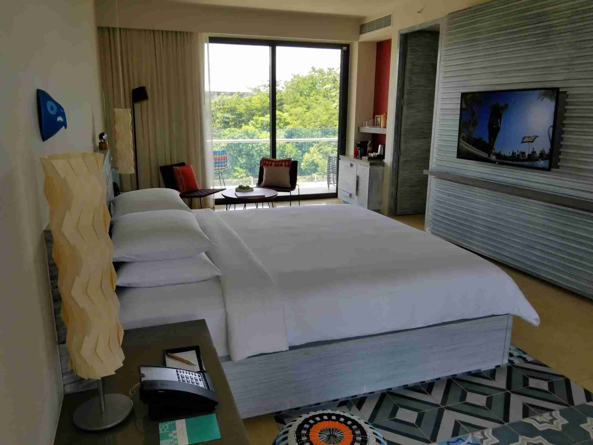 Standard Lagoon King Room