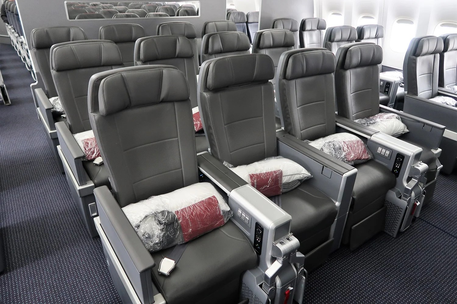 Check to See If You're Targeted for 2x American Airlines Miles on Premium-Cabin Travel