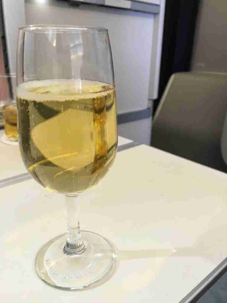 Business Class Champagne.pg