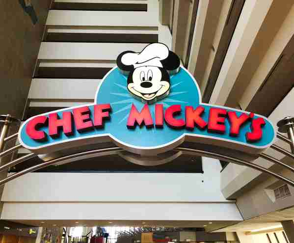 Dine with characters at Chef Mickey